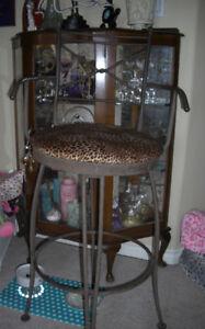 1 bar chair