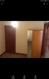 A large double bedroom+Bill's & wifi for rent in a clean & quiet area.