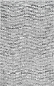 """Grey area rug - 7'6"""" x 9'6"""" - new in packaging"""