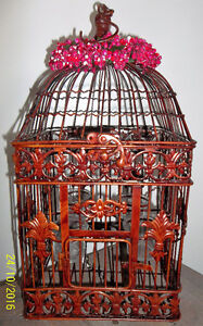 DECORATIVE BIRD CAGE HOLDS 4 VOTIVE CANDLES Kitchener / Waterloo Kitchener Area image 1