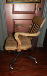 Antique Oak Swivel Industrial Bankers Big Boss Desk Chair