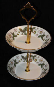 WEDGWOOD SMALL 2 TIER BOWL SET - STRAWBERRY HILL