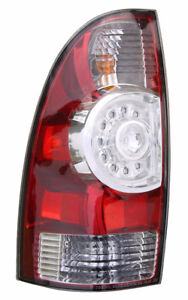 NEUF Tail Lamp / Light Toyota Tacoma 2005 - 2015 Lumiere Arriere