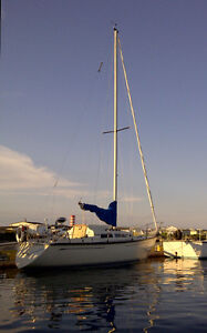 27' Mirage Sloop Garnet Star for Sale