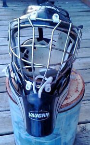 Road hockey Helmet