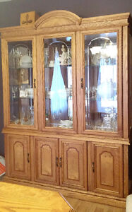 Solid Oak DINNING ROOM Table Set 6 Chairs China Cabinet & Leaf