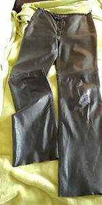 Beautiful women's buttery soft size 2 black leather pants