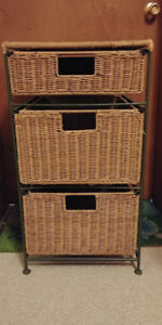 Wicker 3 drawer office cabinet with 2 inserts
