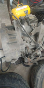 Transmission automatique mazda 3 20008 2.3l