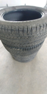 Pneu michelin latitude tour 245-60-18
