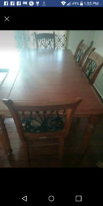 Dining table from Leon's