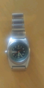 Nixon watch in good condition