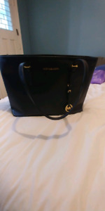 MICHAEL KORS SAFFIANO LEATHER BRAND NEW