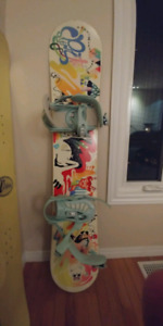 Forum Spinster Snowboard with K2 Charm bindings