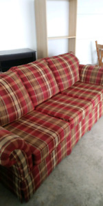 A couch for sale!!