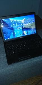"""Ordinateur portable 15"""" de Base Windows 7 computer laptop"""