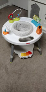 SKIP HOP EXPLORE AND MORE BABY 3-STAGE ACTIVITY CENTER