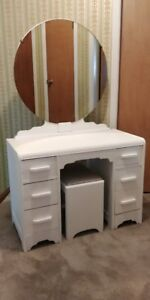 White Vintage Bedroom Furniture