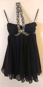 Prom/Grad Dress SZ M NEVER WORN