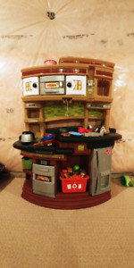 Toy Kitchen Set with food