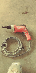 Milwaukee corded screw gun