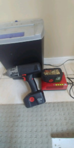 Used snap 18V 1/2 cordless impact gun works great 3 years old