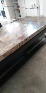 A Faux Marble Coffee Table!!