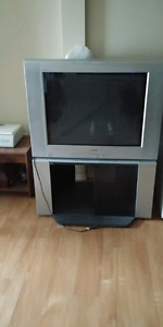 Sony 32 Inch TV with Remote
