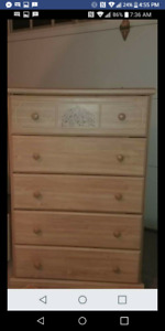 GIRLS BEDROOM DRESSERS AND MIRROR