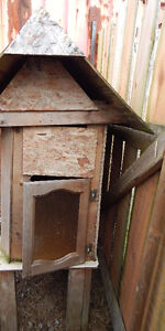 Little poultry or rabbit hutch