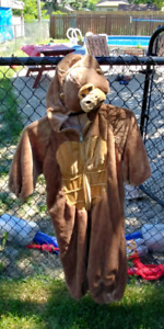 BEAR COSTUME GOOD CONDITION!!