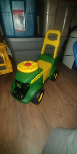 John Deere Ride and Scoot Tractor