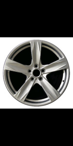 Mustang 19 inch factory rims
