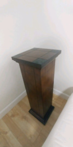 Plant or speaker stand