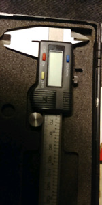 MACHINISTS DIGITAL CALIPER 25.00