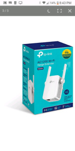 TP LINK RE305 AC1200 WIFI EXTENDER NEW