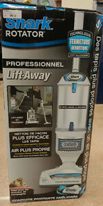 Shark Rotator - Professional Lift-Away Vacuum (New)