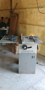 Rockwell Beaver table saw solid steel plus 2 glides.