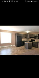 3 BEDROOM CONDO FOR RENT IN STEINBACH