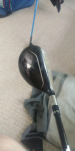 LH Stiff shaft Taylormade 3 Rescue *well used*