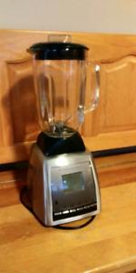 Black & Decker Iblend 600 watt die-cast blender