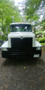 Camion international 6 roues