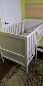 SUNDVIK baby crib in Great Condition