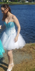 Blue and white short grad/prom dress. Size 4