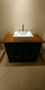 Meuble lavabo antique