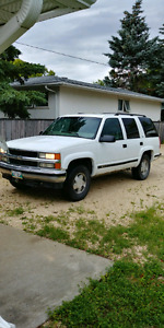 1997 Chevy tahoe 4x4 new safety