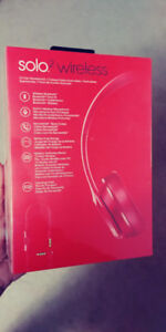 Beats 2 Solo Wireless Headphones Red Brand New In Box
