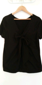 Banana Republic black bow back short-sleeve top – M/L