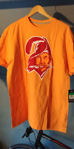 NFL Nike Men Buccaneers shirt XL