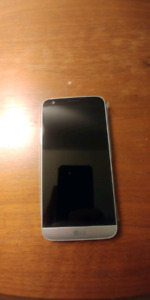LG G5 (Flawless Condition, Original Packaging Included)